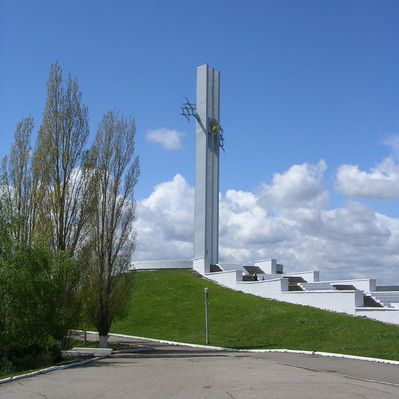 http://interesnoe.info/pictures/gallery/gallery/Saratov_Sokol1.jpg
